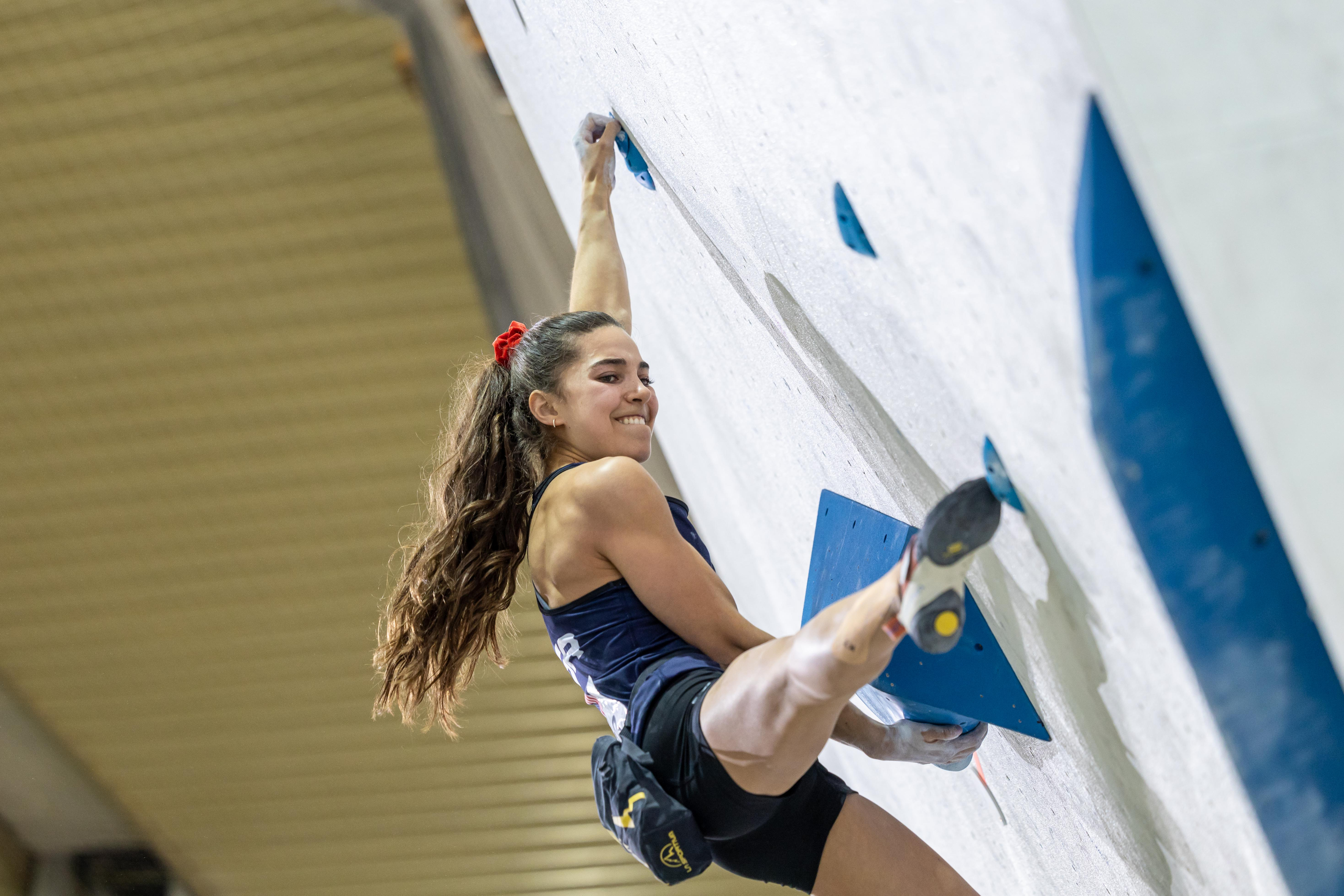 210917 IFSC News US duo takes top position at the end of the womens Boulder qualification in Moscow